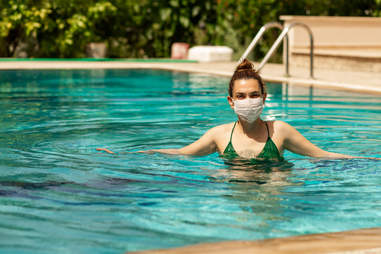 swimming with mask
