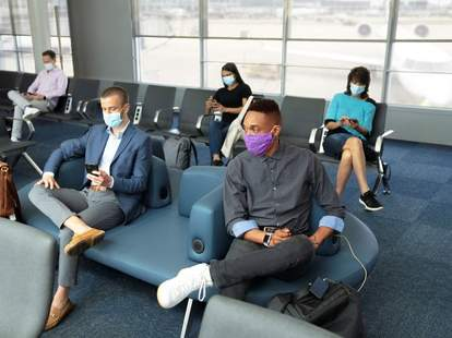 airline mask policy