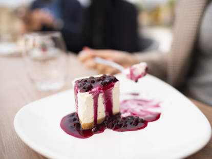 national cheesecake day food deals 2020