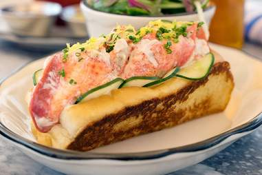 grand banks nyc lobster roll
