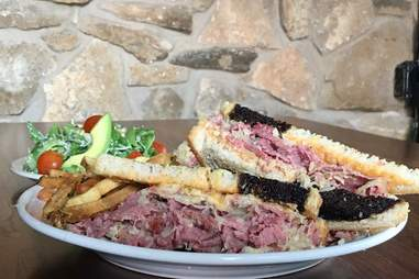 lochland's food and spirits reuben sandwich