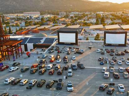 Best Drive In Movie Theaters Near La Places To See A Movie Right Now Thrillist
