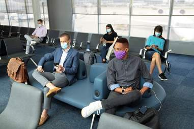 airlines that require masks