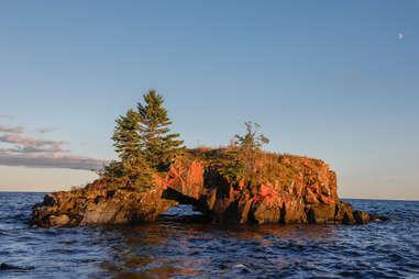 Hollow Rock, Lake Superior