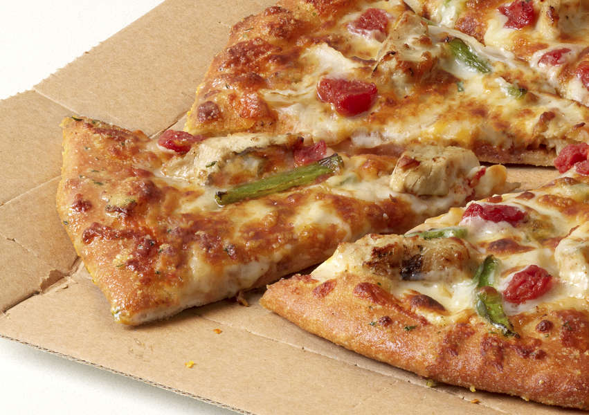 We Tried Domino's New Chicken Taco and Cheeseburger Pizzas. Here's Our Verdict.