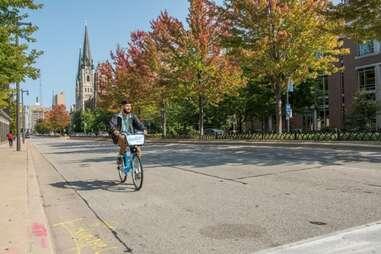Man riding a Bublr bike in Milwaukee