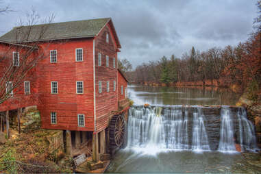 Dells Mill in Wisconsin in the fall
