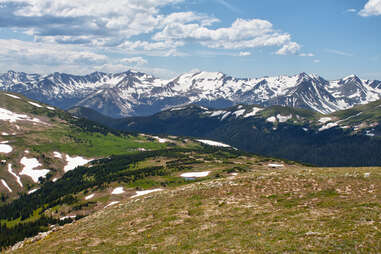 Alpine view from Trail Ridge Road in the summer