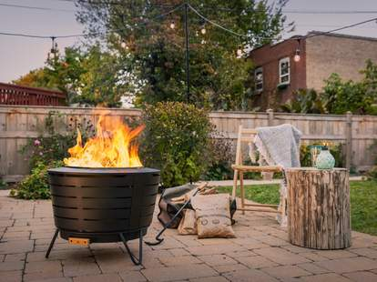 Best Fire Pits Under 300 Affordable Outdoor Wood Gas Burning Pits Thrillist