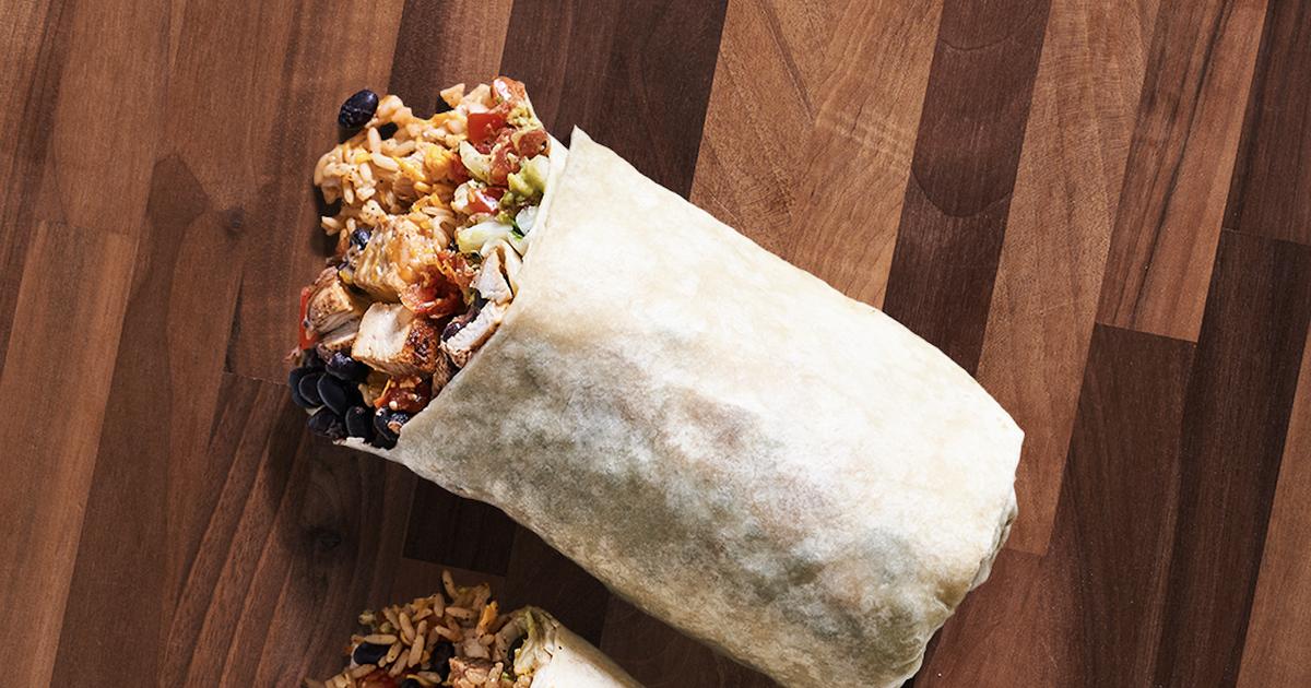 Moe S Grande Homewrecker Burrito Giant New Burrito Weighs 2 Pounds Thrillist