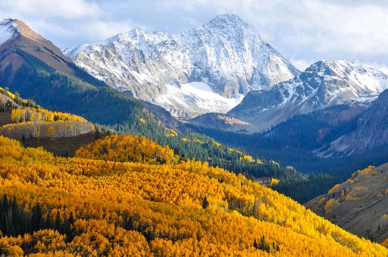 the mountains of Aspen Colorado in Fall