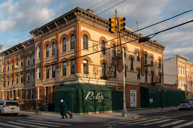 Rolo's building exterior