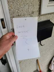 Garbage truck driver leaves note for dog