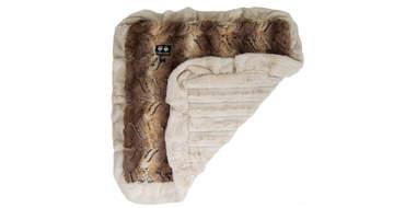 Bessie + Barnie Ultra Plush Faux Fur Blanket