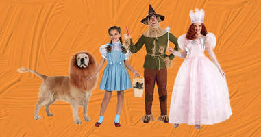 Wizard of Oz matching family Halloween costumes