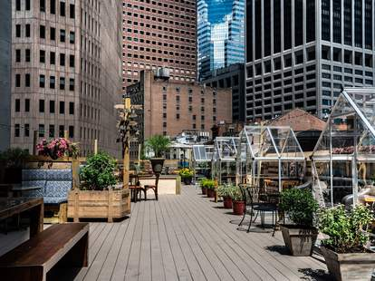 Ampia Rooftop