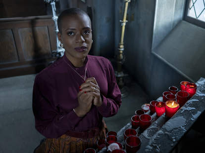 haunting of bly manor, hannah grose, candles