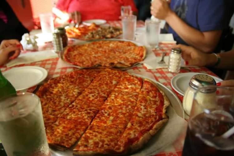Zaffiro's Pizza & Bar