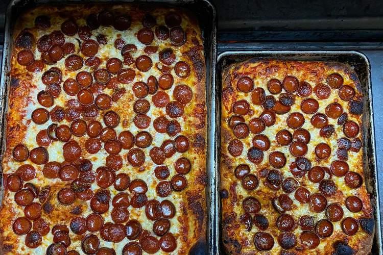 Naked City Pizza