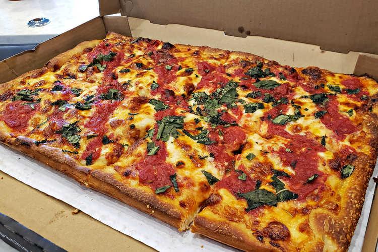 Brooklyn's Best Pizza & Pasta