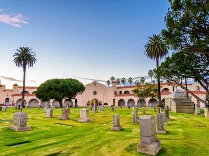 Inglewood Park Cemetery