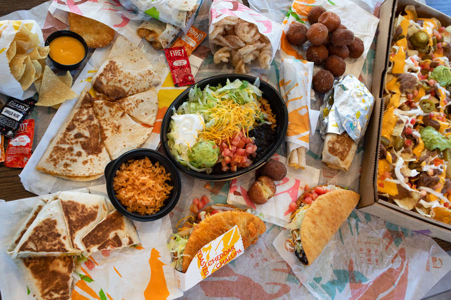 Taco Bell's Toasted Cheddar Chalupa Is Coming Back, Plus 2 New Vegetarian Items