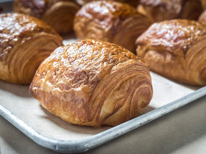 breads bakery pain au chocolat