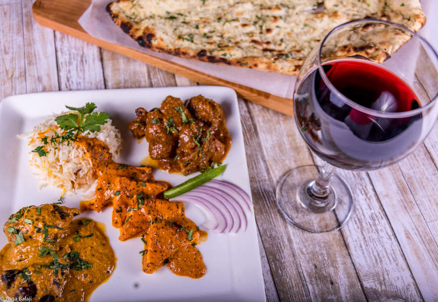 Best Indian Food in Chicago: Good Restaurants to Visit or Order From