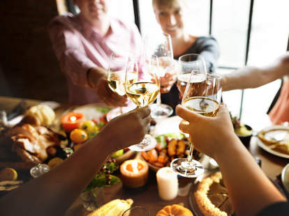 thanksgiving drink recommendations low abv day aperitifs appetizers pairing