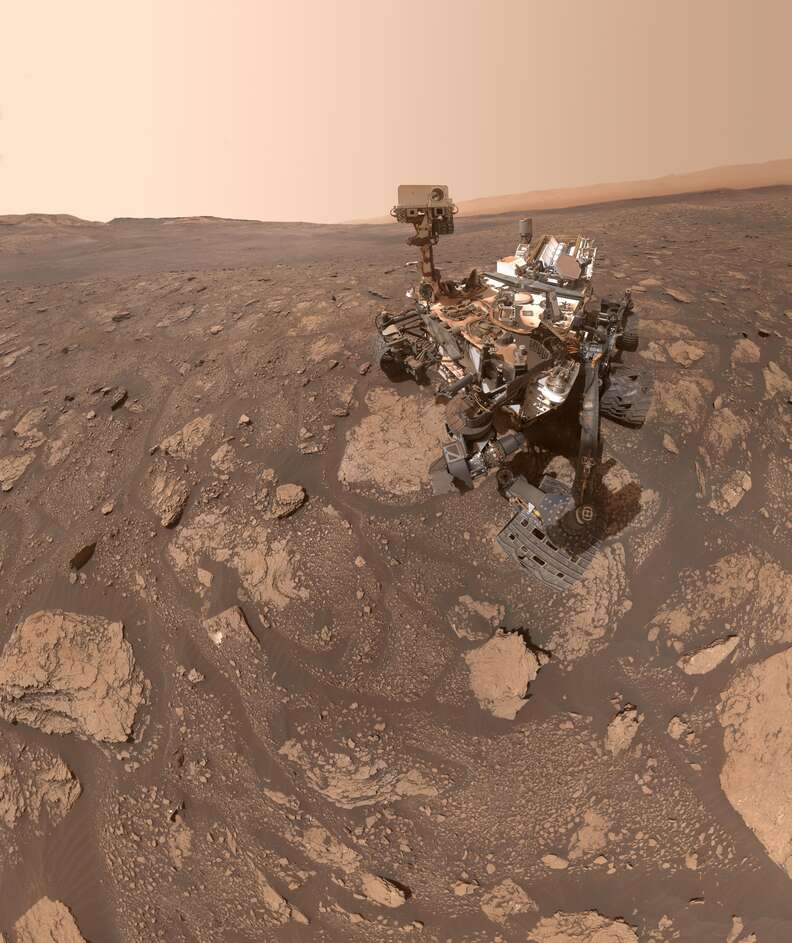 mars rover selfie image surface
