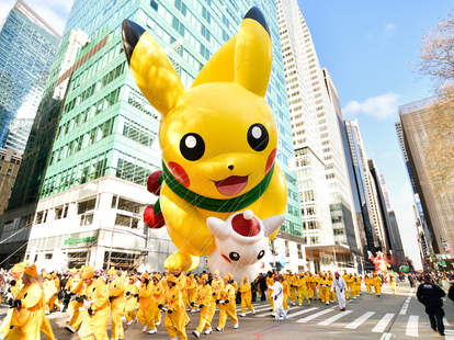 pikachu float macy's thanksgiving day parade