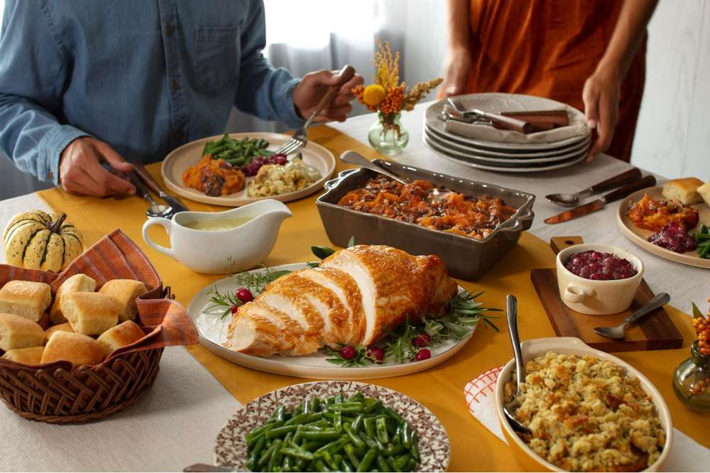 Thanksgiving Dinner 2020 Best Restaurants Chains Open On Thanksgiving Thrillist