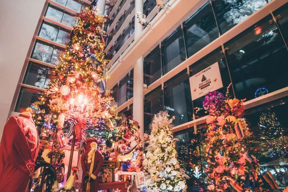 Christmas In Houston 2021 Christmas Events In Houston 2020 What To Do This Holiday Season Thrillist