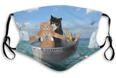 "Cat ""Titanic"" Parody Face Mask"