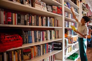 Uncle Bobbie's Coffee & Books