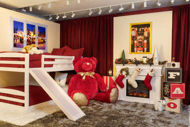 Bunk beds with a slide at FAO Schwarz