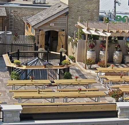 The Rooftop at Gene\'s Sausage Shop