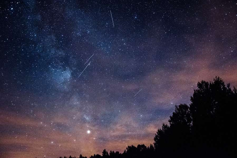 The Most Spectacular Meteor Shower of the Year Peaks Tonight. Here's How to See It.