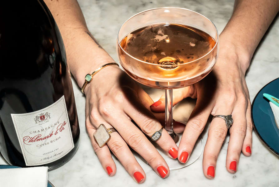 Everything You Need to Know About Sparkling Wine to Order Like a Pro