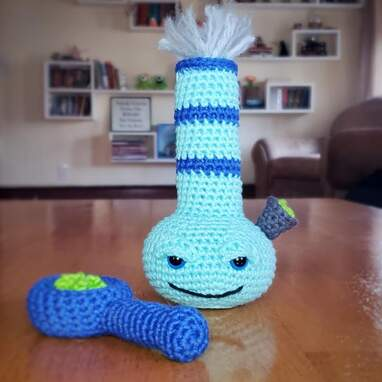 Crochet Bong Cat Toy