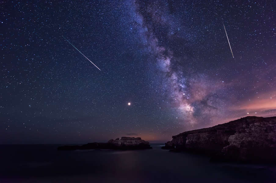 Catch the Final Meteor Shower of 2020 Tonight. Here's How to See It.