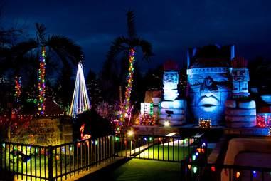 holiday lights mini golf