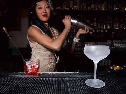 Roosevelt Room bartender and cocktail