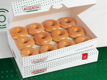 Krispy Kreme Christmas Doughnuts 2021 Krispy Kreme New Year S Deal How To Get 2 Dozen Donuts For Cheap Thrillist