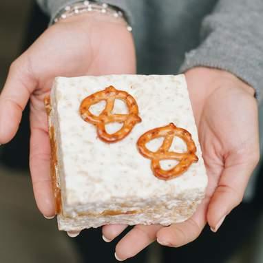 The Crispery's Pretzel Surprise Marshmallow Crispycakes -  4 Pack