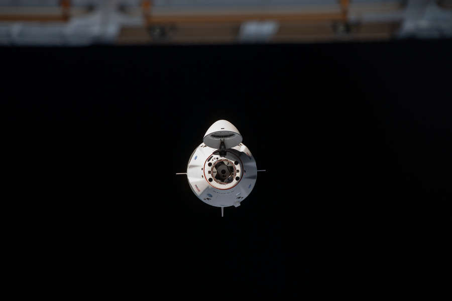 NASA Is Streaming the SpaceX Cargo Dragon Leaving the Space Station on Monday - Thrillist
