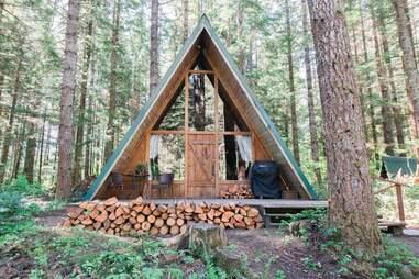 Hebe's Hideout Wooded Paradise near Mount Rainier