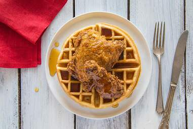 Auntie April's Chicken-n-Waffles