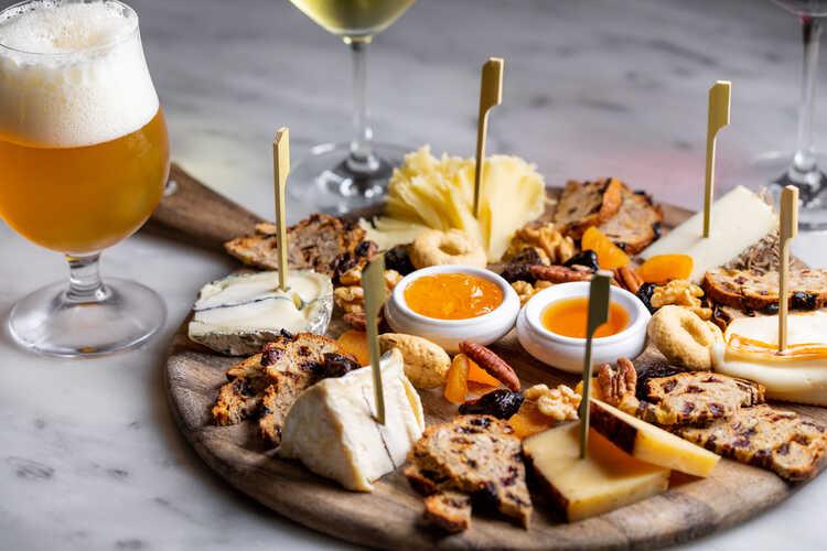 Forma Restaurant & Cheese Bar