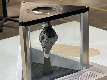 oval office moon rock